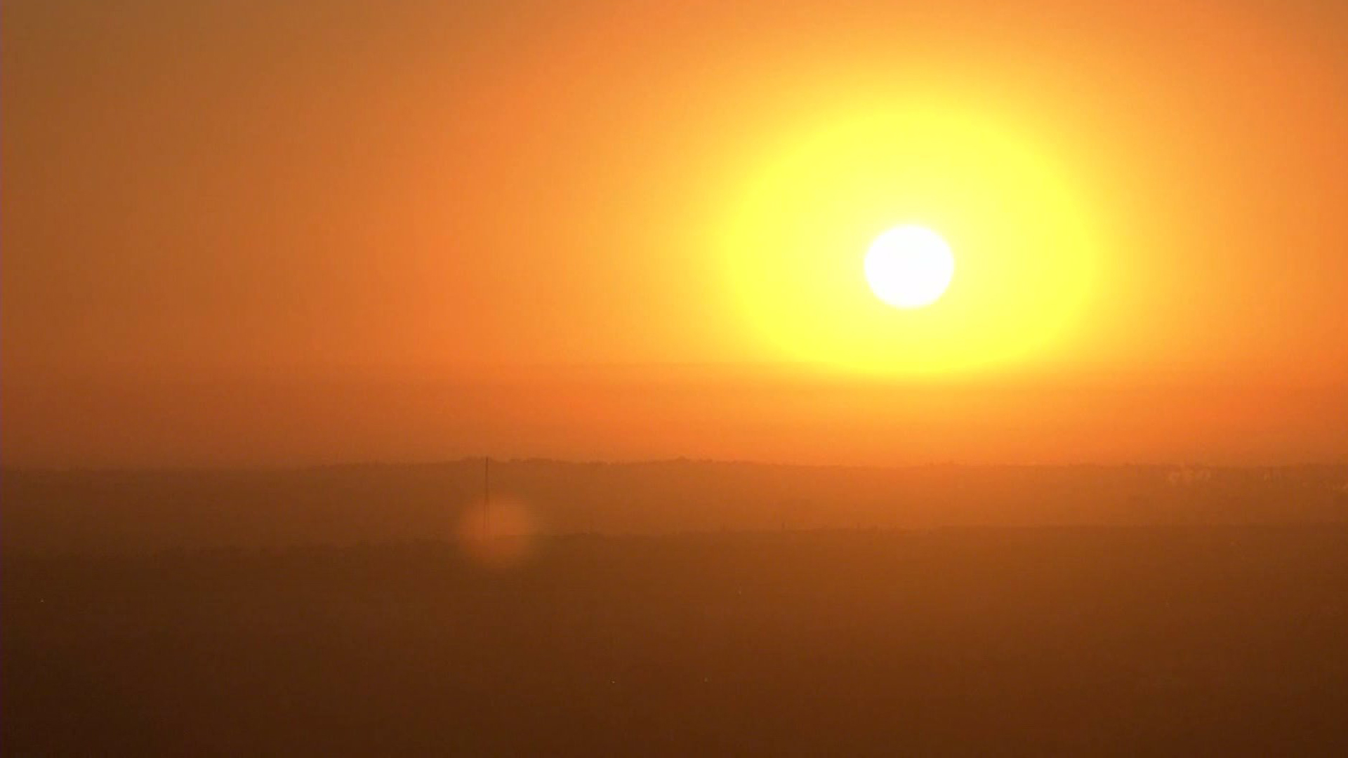 File photo: hot weather in Southern California. (Credit KTLA)