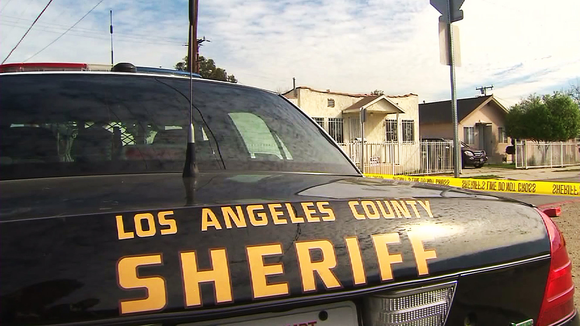 A Los Angeles County Sheriff's Department patrol car is seen in this file photo. (Credit: KTLA)