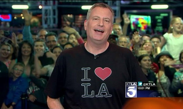 New York Mayor Sings 'I Love L.A.' After Kings Beat Rangers