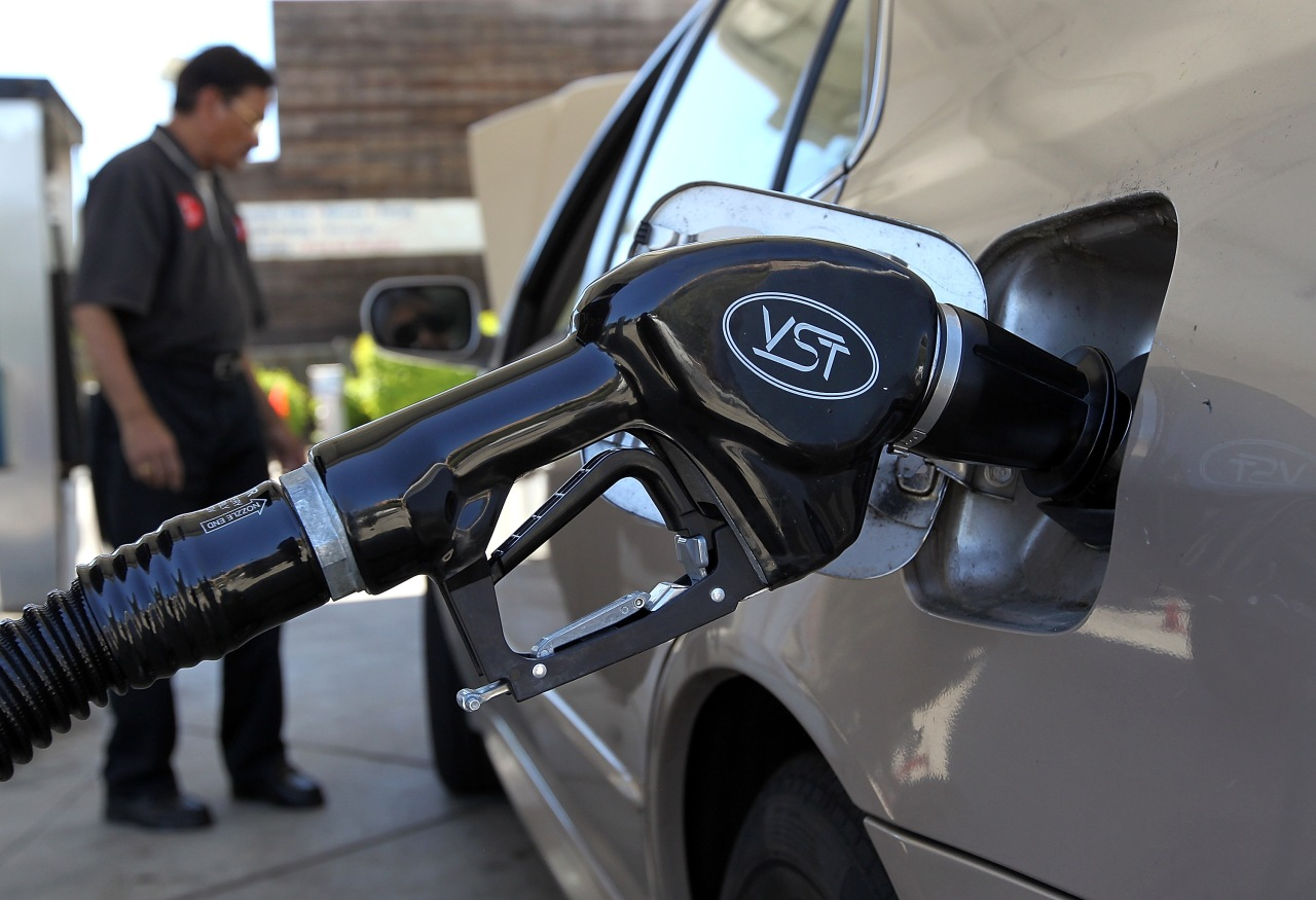 Gas prices in SoCal climb to highest amount since 2019 - KTLA Los Angeles