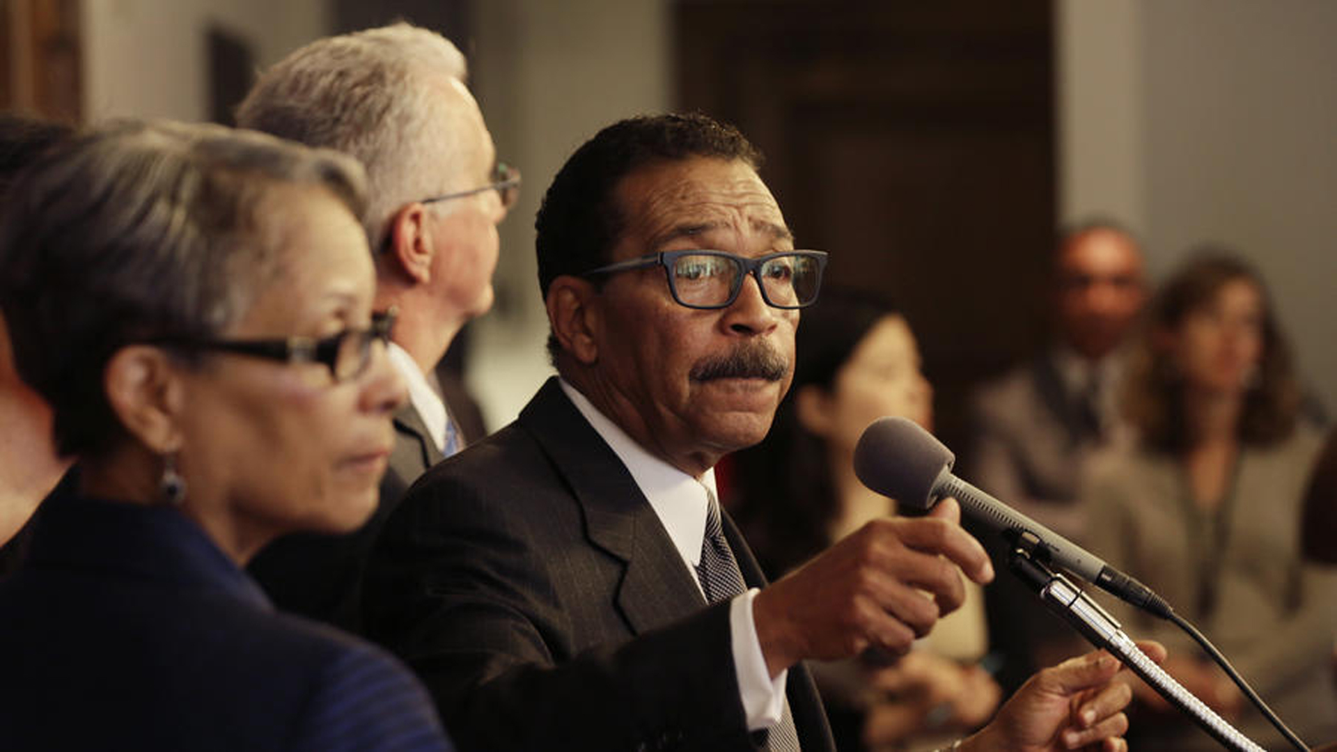 Los Angeles City Council President Herb Wesson appears at a press conference in May 2016. (Credit: Irfan Khan / Los Angeles Times)