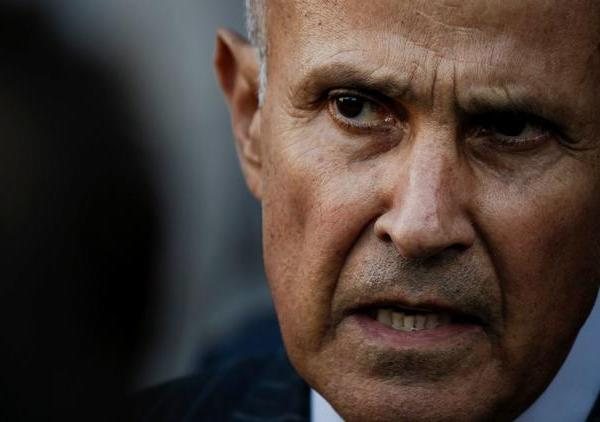 Former Los Angeles County Sheriff Lee Baca is seen after his obstruction trial ended in a mistrial in December 2016. (Credit: Marcus Yam / Los Angeles Times)