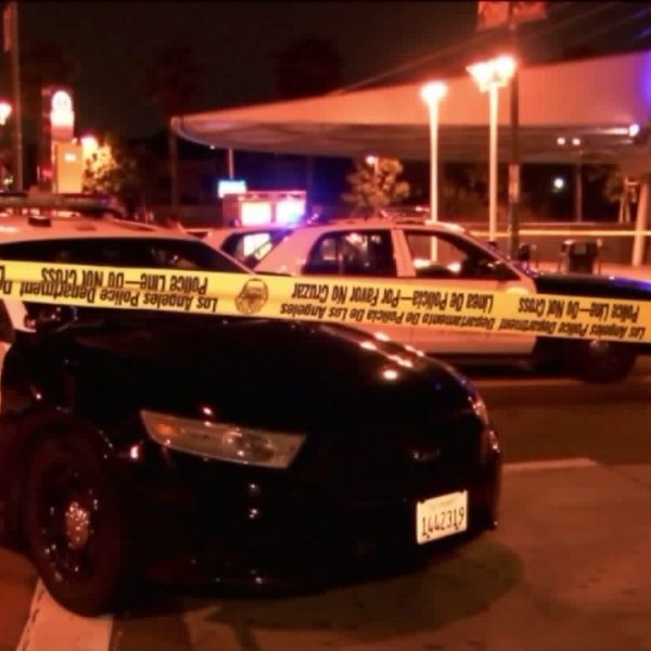 LAPD and Metro officials investigate an officer-involved shooting that occurred on March 25, 2017. (Credit: RMG News)