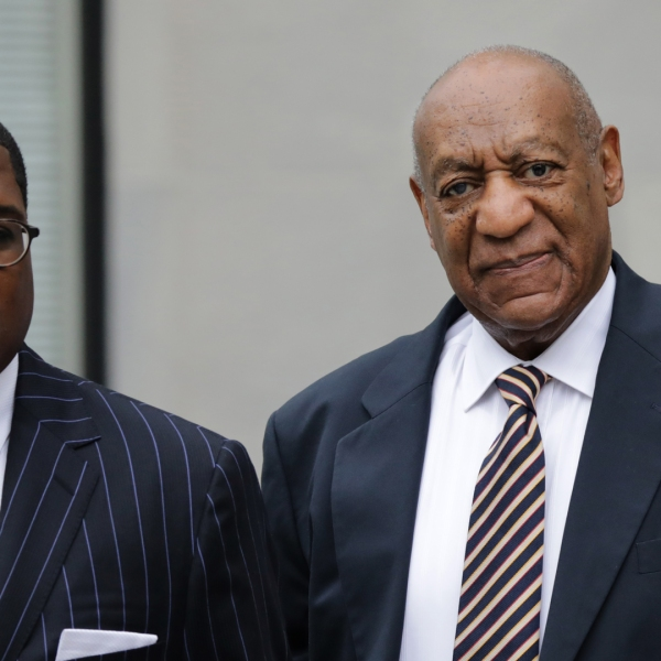 Bill Cosby (right) arrives at the Montgomery County Courthouse June 5, 2017, in Norristown, Pennsylvania. (Credit: Dominick Reuter / AFP / Getty Images)