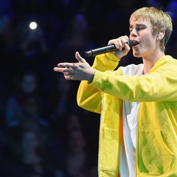 Musician Justin Bieber performs onstage during Z100's Jingle Ball 2016 at Madison Square Garden on December 9, 2016 in New York, New York. (Credit: Nicholas Hunt/Getty Images for iHeart)
