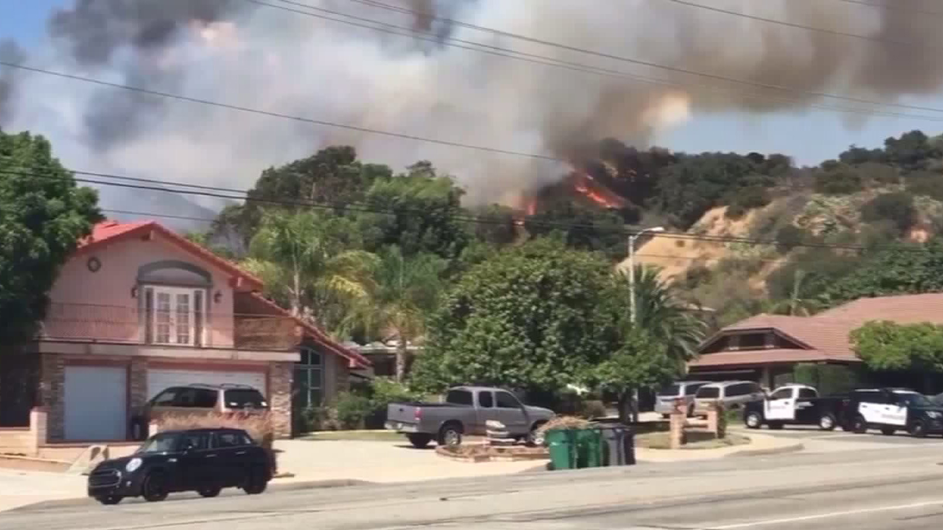 A fire in La Verne prompted voluntary evacuations in one neighborhood on July 23, 2017. (Courtesy Chris Casamassa)