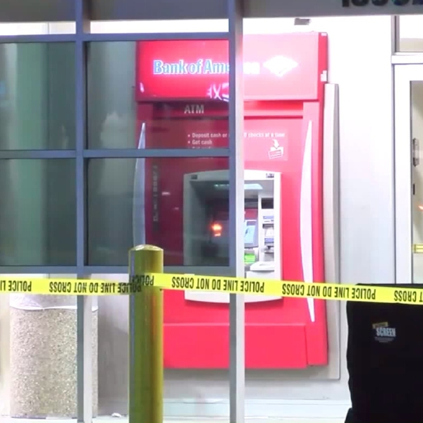 Police respond to a fatal shooting at a Bank of America in Garden Grove on Aug. 6, 2017. (Credit: OnScene.TV)
