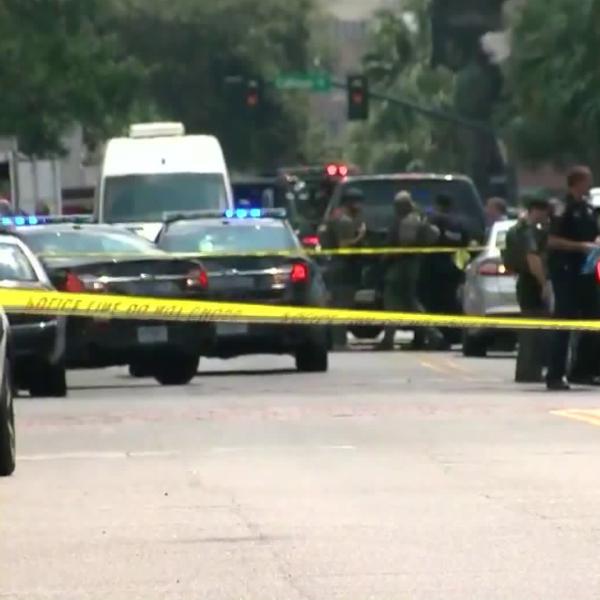 "Police responded to an ""active shooter situation"" in Charleston, South Carolina, on Aug. 24, 2017. (Credit: WCIV)"