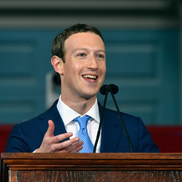 Facebook Founder and CEO Mark Zuckerberg speaks at Harvard University on May 25, 2017. (Credit: Paul Marotta/Getty Images)