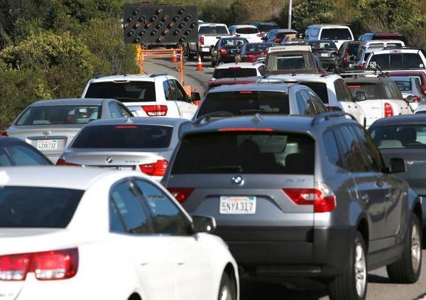 Traffic backs up on a recent weekday in Playa del Rey. (Credit: Christian K. Lee / Los Angeles Times)