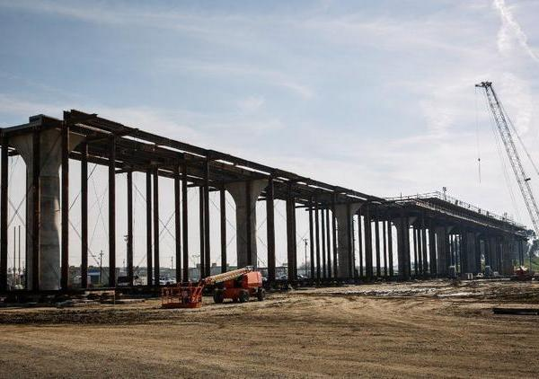 An undated photo shows a viaduct for the California bullet train under construction in Fresno. (Credit: Marcus Yam / Los Angeles Times)
