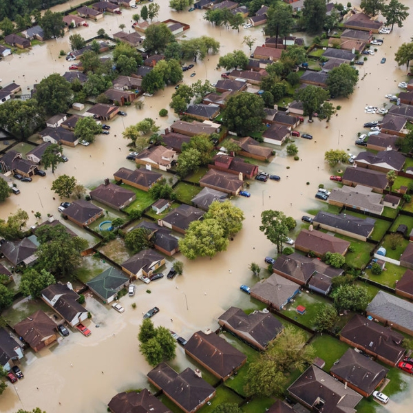 A flooded residential neighborhood near Interstate 10 in Houston. (Credit: Marcus Yam / Los Angeles Times)
