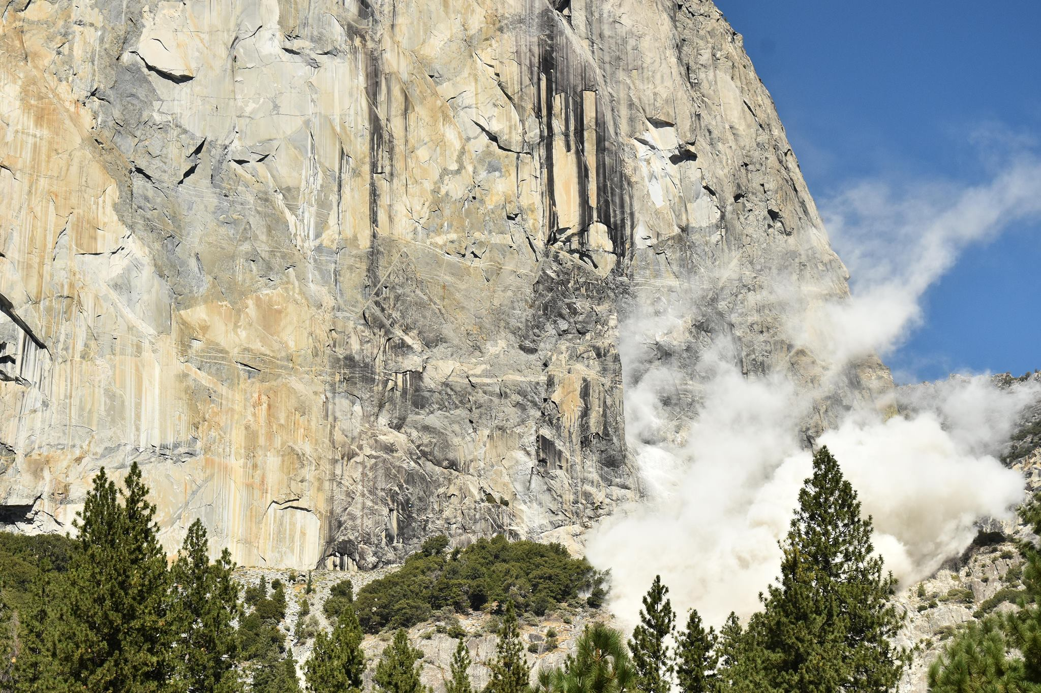 Dust rises from rockfall off El Capitan on Sept. 27, 2017, in a photo posted by Yosemite National Park.