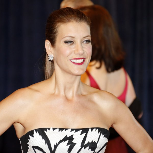 "Actress Kate Walsh, best known for her role in the TV series ""Grey's Anatomy,"" went public on Monday with a brain tumor diagnosis in 2015. (Credit: CNN)"