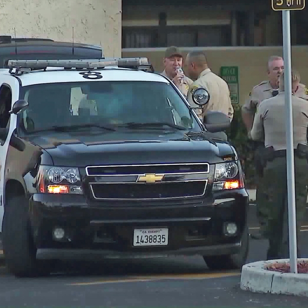 Deputies investigate a shooting in the East Valinda area on Sept. 8, 2017. (Credit: KTLA)