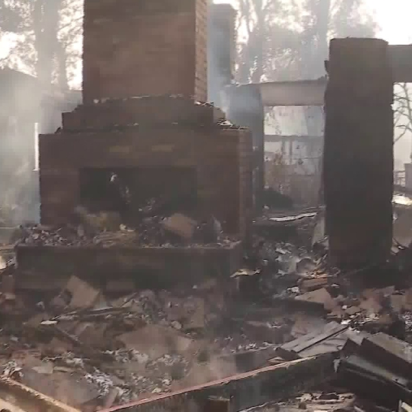 The remnants of a home in Orange that was destroyed in the Canyon Fire 2 on Oct. 9, 2017. (Credit: KTLA)