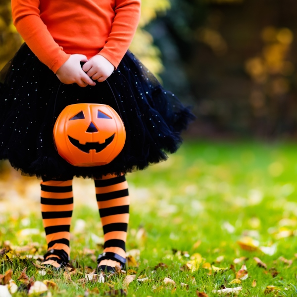 A child is seen having fun at a Halloween trick-or-treat. (iStock / Getty Images)
