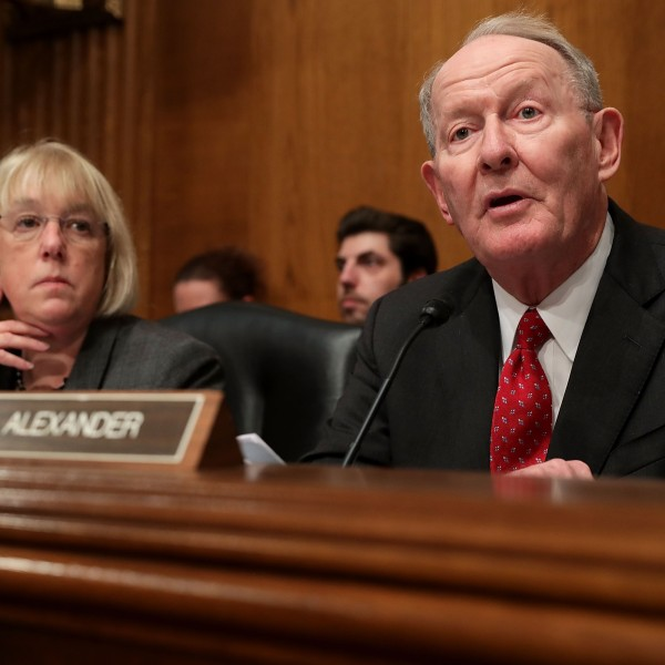 Senate Health, Education, Labor and Pensions Committee Chairman Lamar Alexander delivers opening remarks as ranking member Sen. Patty Murray listens during the confirmation hearing for Betsy DeVos, President-elect Donald Trump's pick to be the next Secretary of Education, on Capitol Hill Jan. 17, 2017. (Credit: Chip Somodevilla/Getty Images)