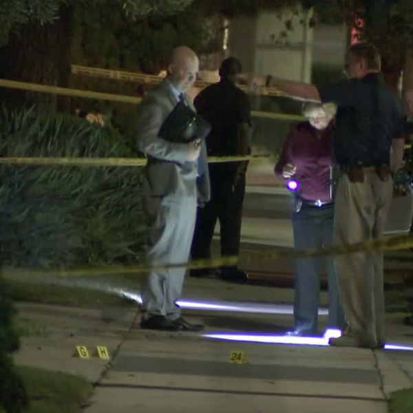 Detectives investigate the scene of a shooting that left a 16-year-old boy dead in Harbor City on Oct. 16, 2017. (Credit: KTLA)