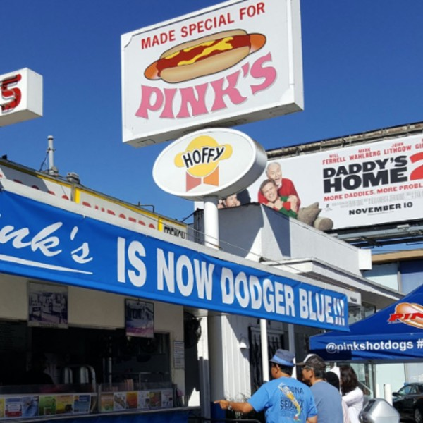 Pink's Hot Dogs painted in Dodgers blue is shown in a Twitter image. (Credit: Pink's Hot Dogs)