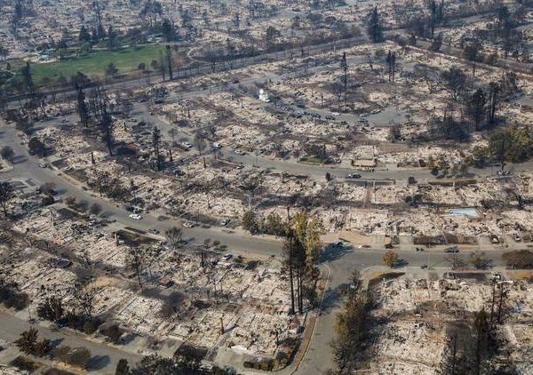 Wildfires have destroyed 5% of the housing in Santa Rosa. (Credit: Marcus Yam/Los Angeles Times)