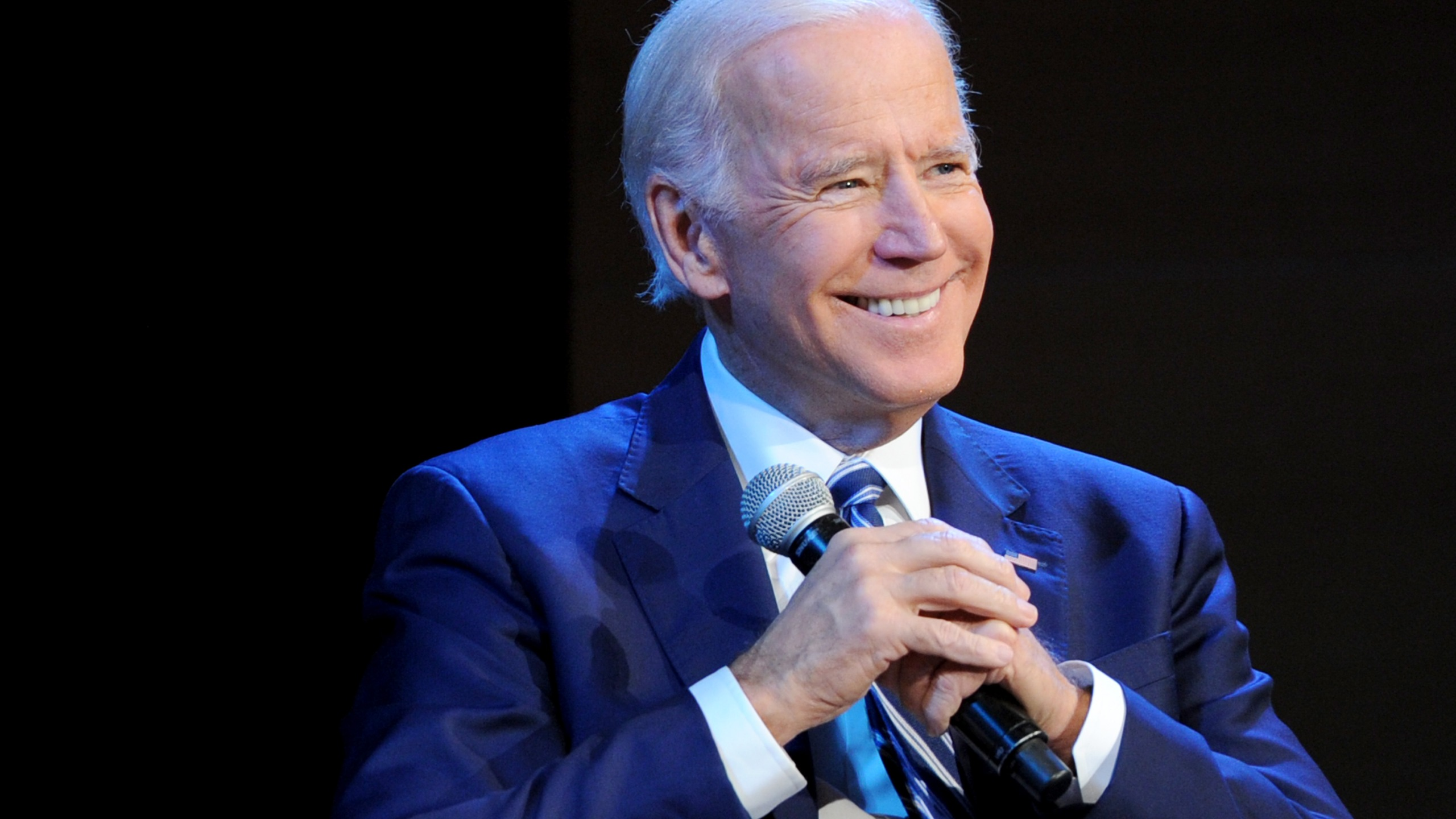 Former Vice President Joe Biden speaks onstage during Glamour Celebrates 2017 Women Of The Year Live Summit at Brooklyn Museum on November 13, 2017 in New York City. (Credit: Craig Barritt/Getty Images for Glamour)