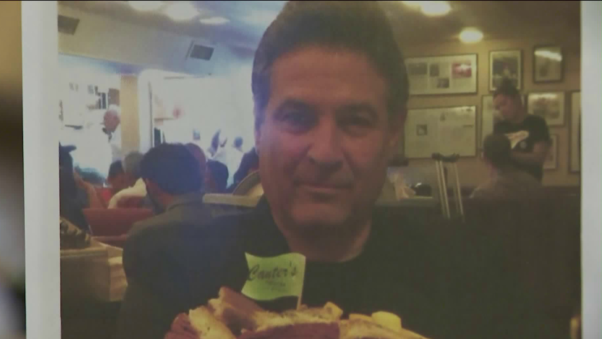 Gary Canter is seen in a photo at Canter's Deli. (Credit: KTLA)