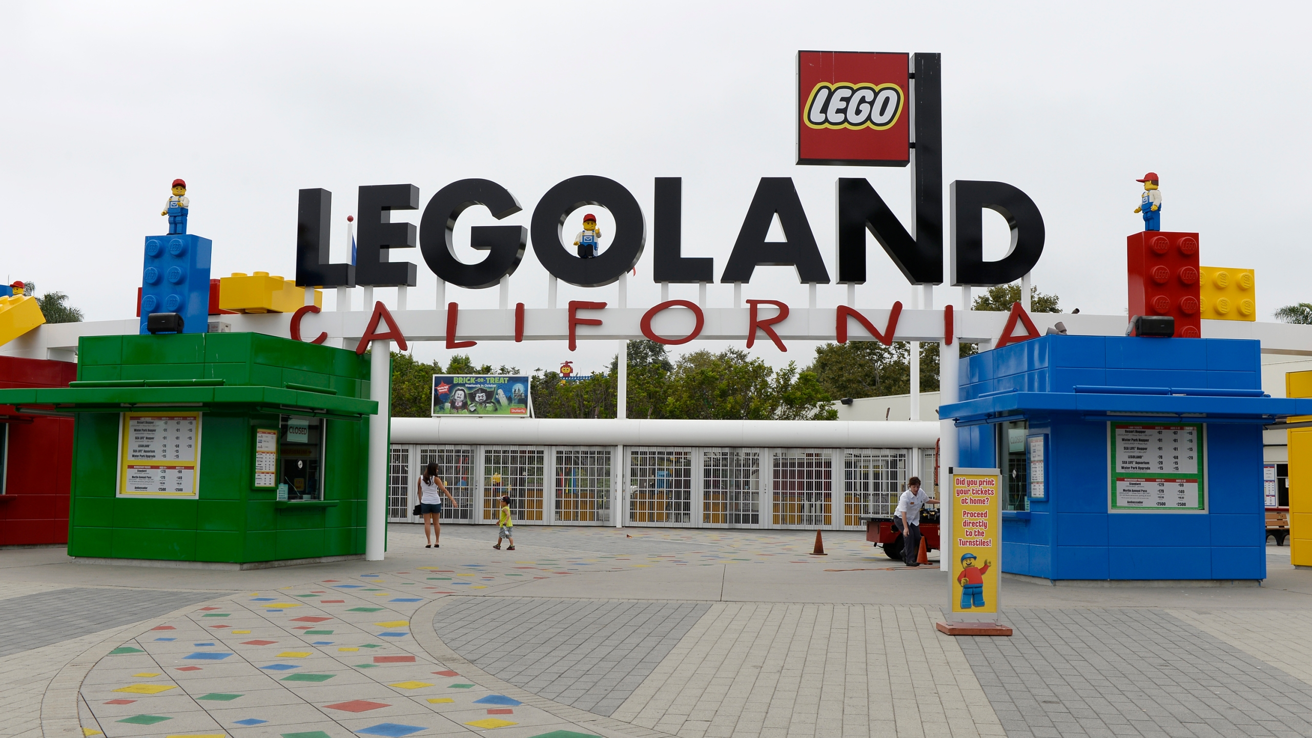 The entrance to Legoland California theme park next to North America's first ever Legoland Hotel at Legoland on Sept. 17, 2013, in Carlsbad. (Credit: Kevork Djansezian/Getty Images)