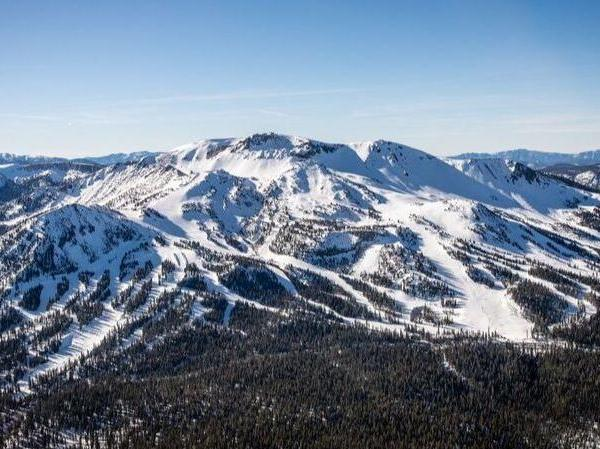 A helicopter view of Mammoth Mountain before a storm on Dec. 20, 2017. (Credit: Peter Morning / Mammoth Mountain)