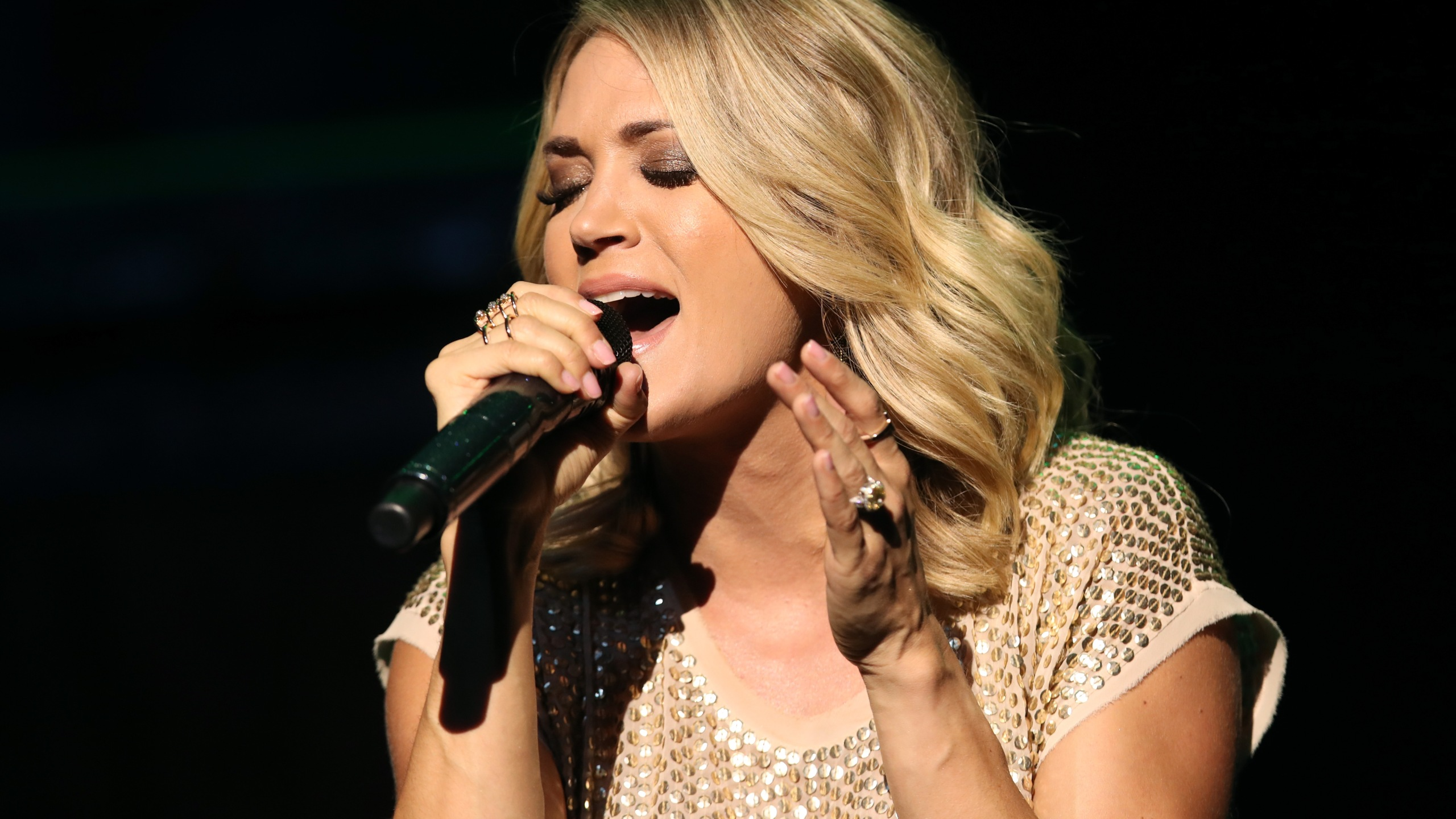 Carrie Underwood performs at The Orpheum Theatre on Thursday, June 29, 2017 in Los Angeles. (Credit: Christopher Polk/Getty Images for Mastercard)