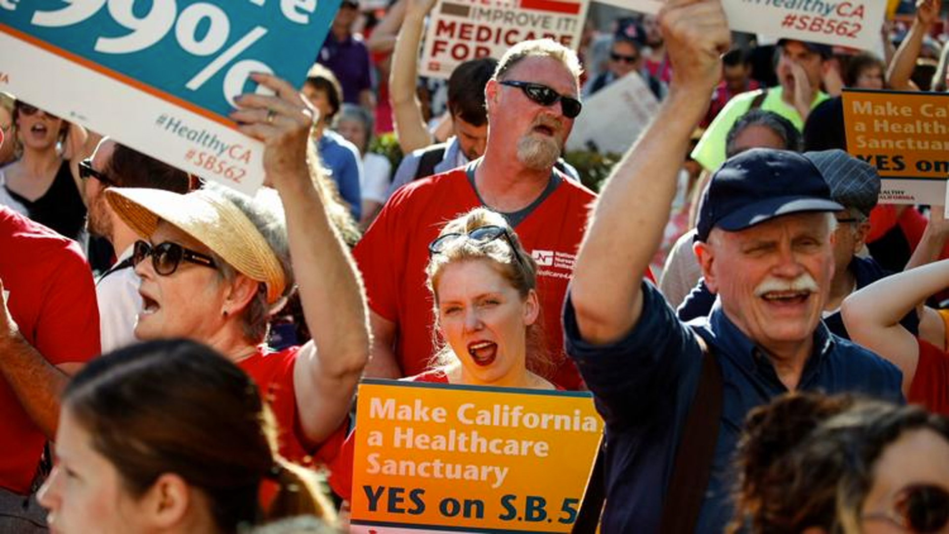 Several hundred people in Sacramento marched in support of a single-payer healthcare system on May 19, 2017. (Credit: Jay L. Clendenin / Los Angeles Times)