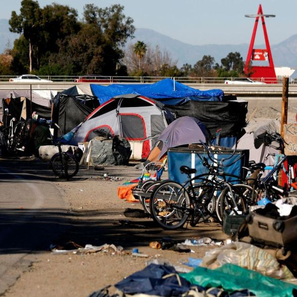 A homeless encampment along the Santa Ana River in Anaheim is seen in January 2018. (Credit: Gary Coronado / Los Angeles Times)