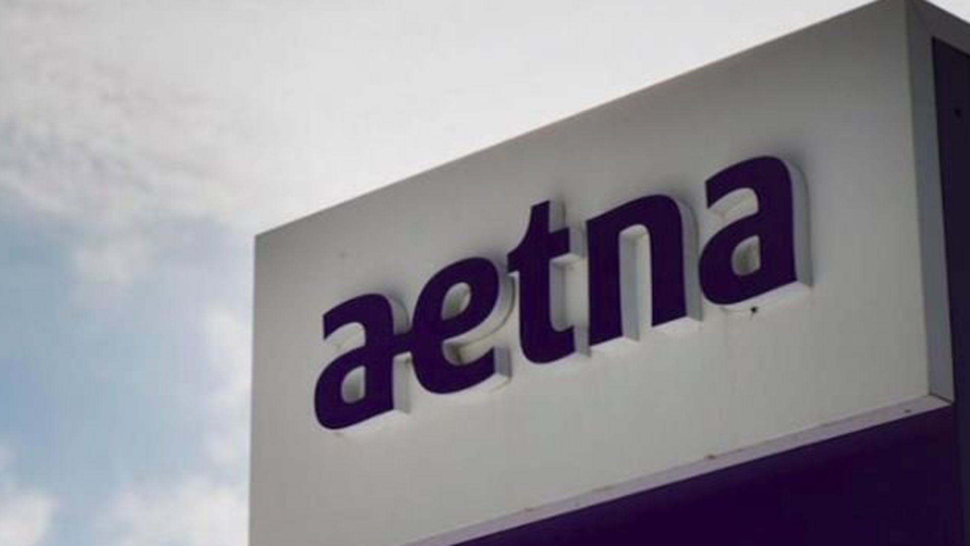 California's insurance commissioner has launched an investigation into Aetna after learning a former medical director for the insurer admitted under oath he never looked at patients' records when deciding whether to approve or deny care. (Credit: Getty Images via CNN)