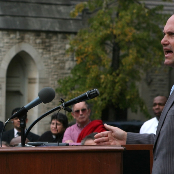 Georgia's Lieutenant Governor Casey Cagle (R) speaks to a crowd, including Governor Sonny Perdue and First Lady Mary Perdue, during a prayer service for rain amid a severe drought, on the steps of the Georgia State Capitol in Atlanta on Nov. 13, 2007. (Credit: Jessica McGowan/Getty Images)