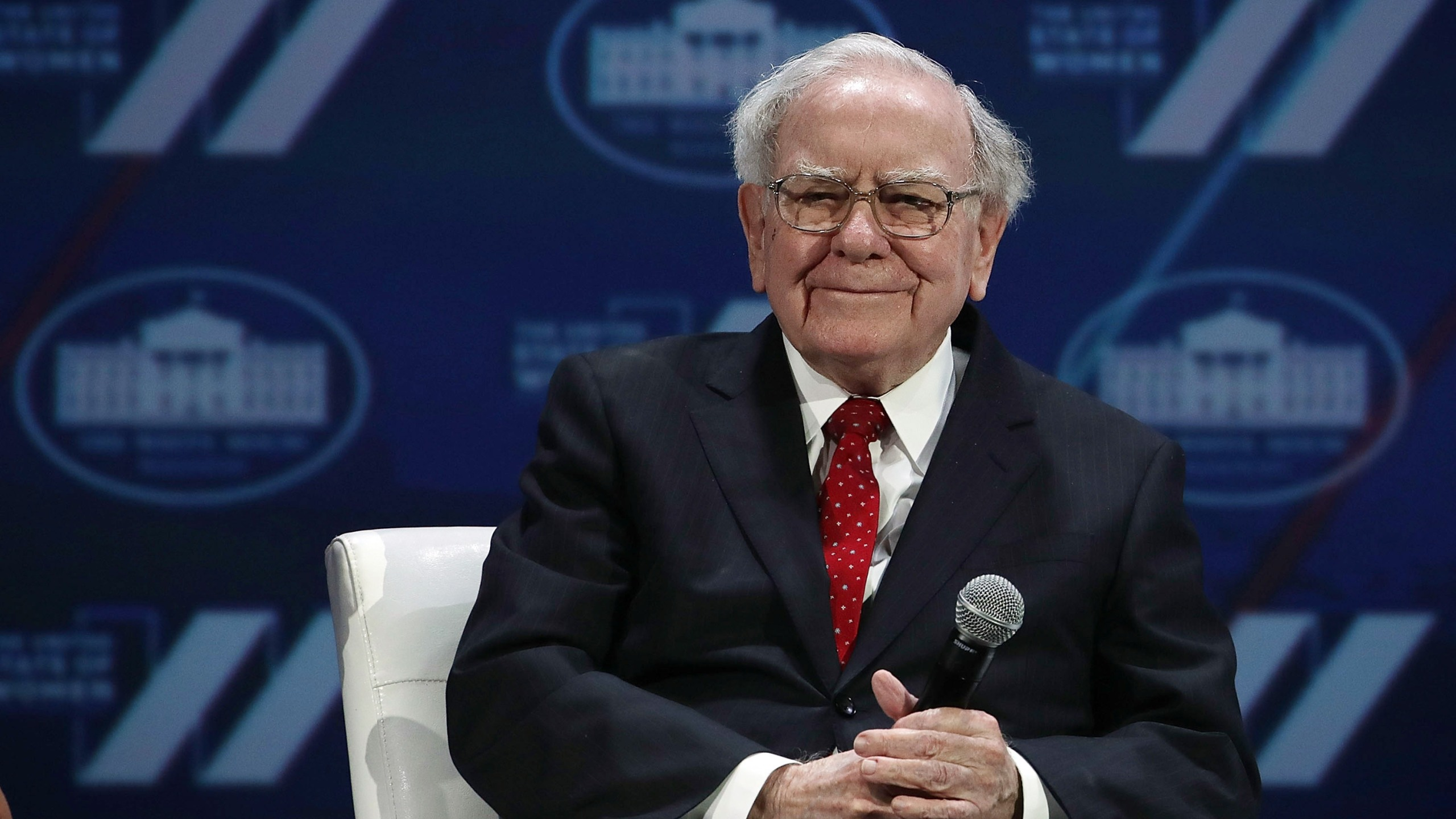 Warren Buffet participates in a discussion during the White House Summit on the United State Of Women June 14, 2016 in Washington, D.C. (Credit: Alex Wong/Getty Images)
