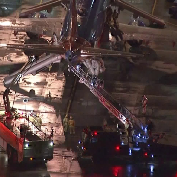 The plane carrying Southwest Airlines flight #2123 had a fire break out before takeoff at John Wayne Airport in Santa Ana on Feb. 12, 2018. (Credit: KTLA)