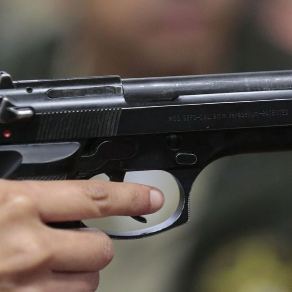 The Beretta, which used to be the standard issue handgun for L.A. County Sheriff deputies, is shown in a file photo. (Credit: Mark Boster / Los Angeles Times)