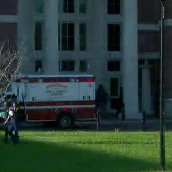 Authorities respond to a high school in Birmingham, Alabama, after a shooting on campus on March 7, 2018. (Credit: WBRC via CNN)