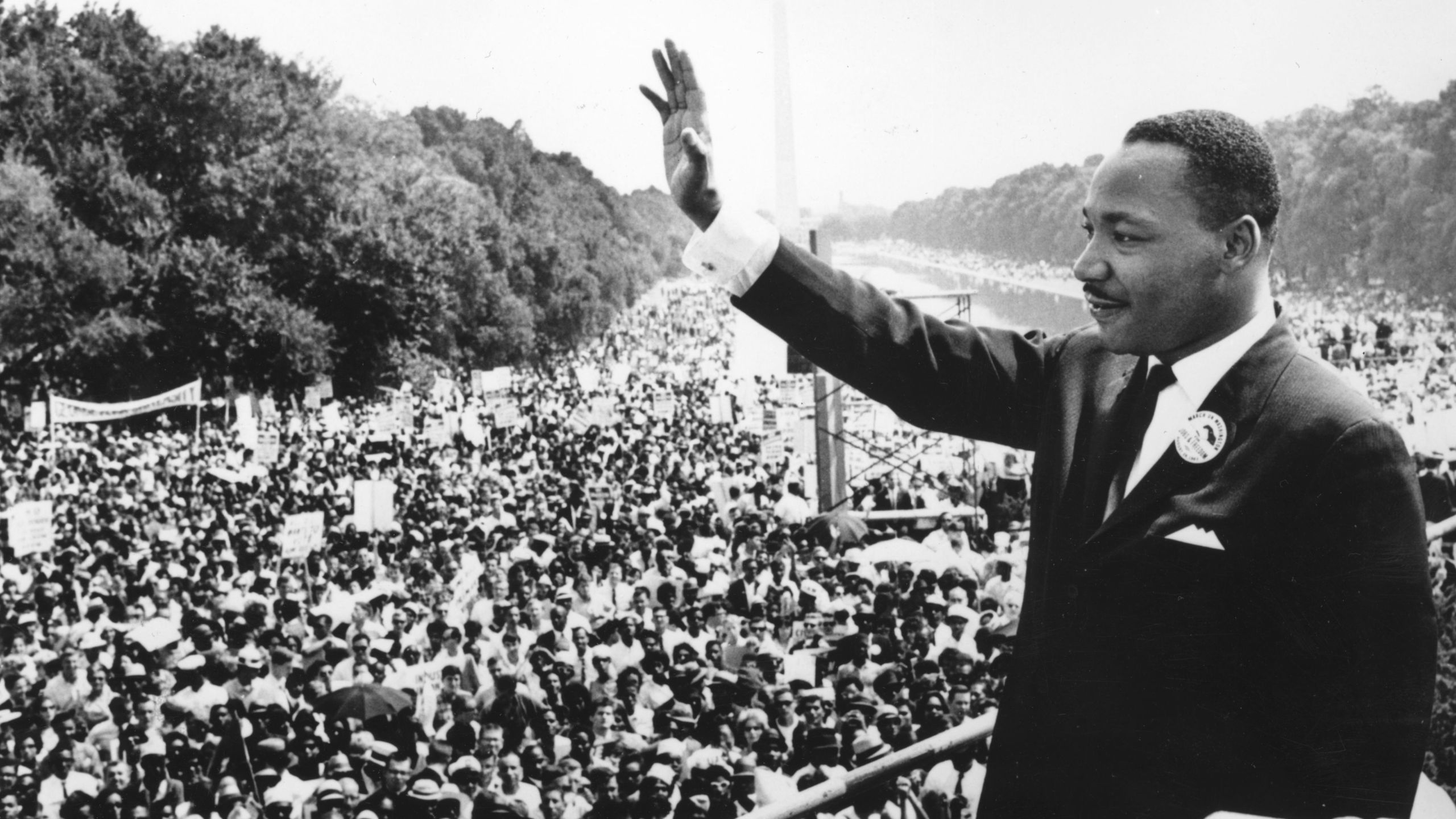 Civil rights leader Martin Luther King Jr. (1929 - 1968) addresses crowds during the March On Washington at the Lincoln Memorial, Washington DC, where he gave his 'I Have A Dream' speech. (Credit: Central Press/Getty Images)