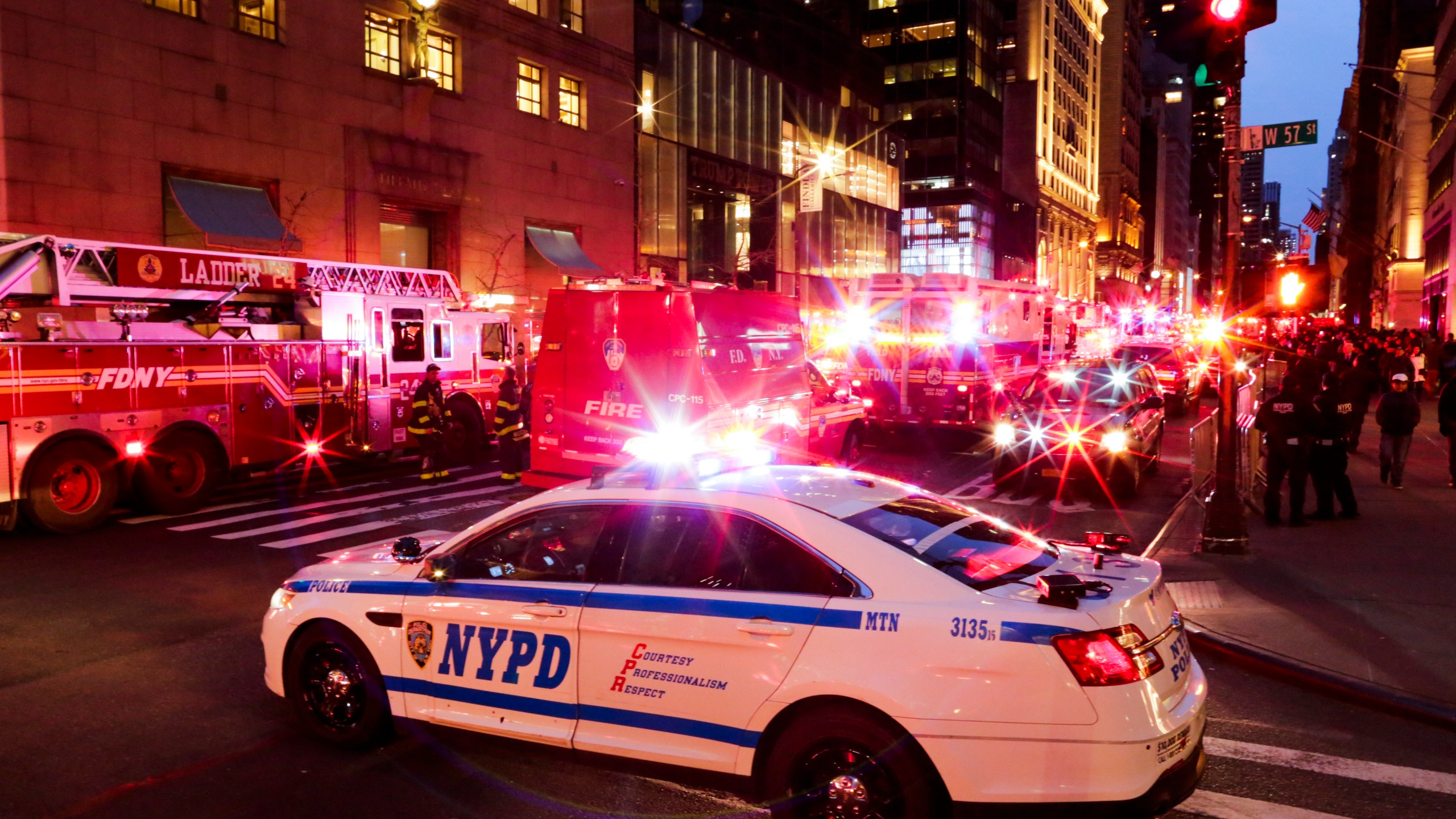NYPD officers and first responders assess the scene of a fire at Trump Tower on April 7, 2018 in New York City. (Credit: Eduardo Munoz Alvarez/Getty Images)