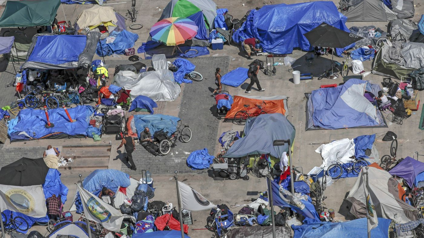 This undated photo shows transient camps at the Plaza of the Flags area next to the Orange County Superior Courthouse. (Credit: Irfan Khan / Los Angeles Times)