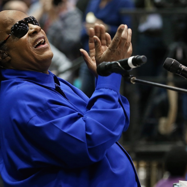 Stevie Wonder warms up the crowd during a campaign rally for President Barack Obama at Fifth Third Arena Nov. 4, 2012, in Cincinnati, Ohio. (Credit: Chip Somodevilla/Getty Images)