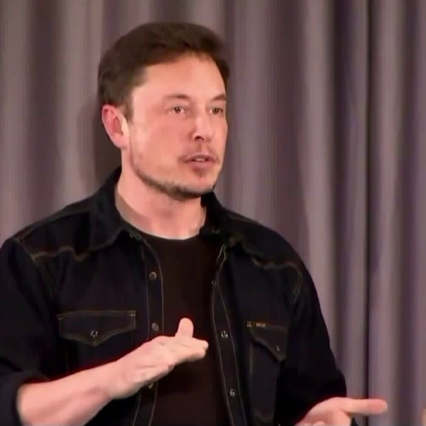 Elon Musk speaks during a community meeting in Bel-Air held to discuss his Boring Co.'s commuter tunnel project on May 17, 2018.