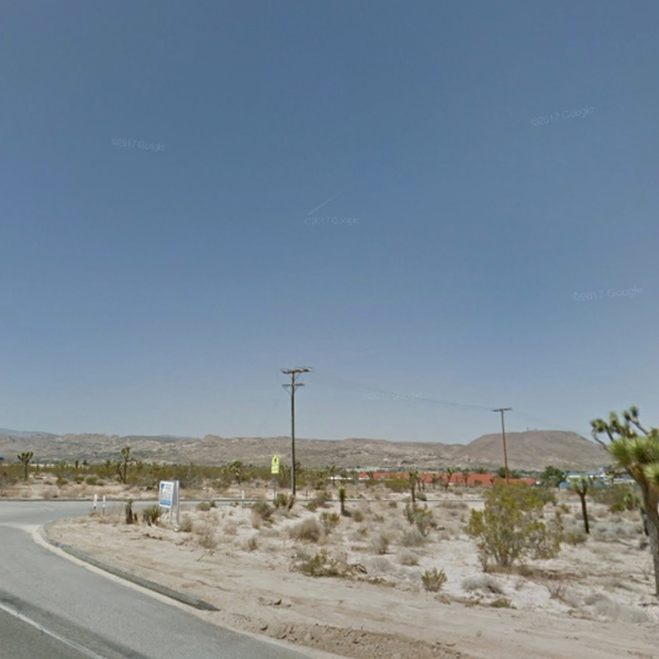 An area of Joshua Tree where a man allegedly shot and killed a woman in front of sheriff's deputies before they fatally shot him on May 21, 2018, is seen here. (Credit: Google Maps)