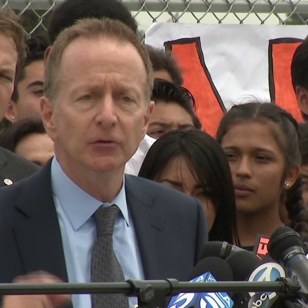 Austin Beutner, the new Los Angeles Unified School District superintendent, speaks during a news conference on May 2, 2018. (Credit: KTLA)