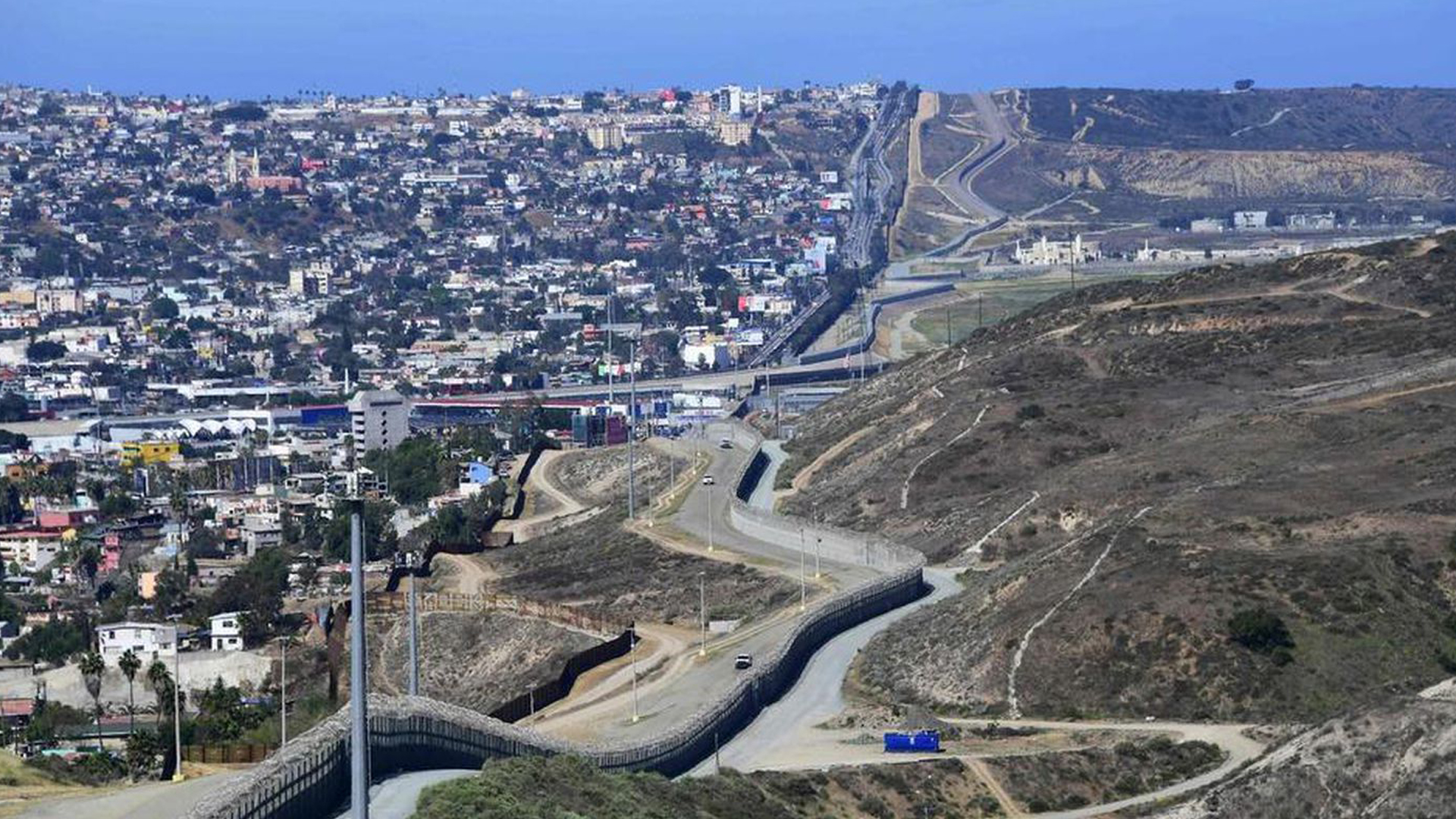 A portion of the U.S.-Mexico border near San Diego is seen in an undated photo. (Credit: Frederic J. Brown / AFP/Getty Images)