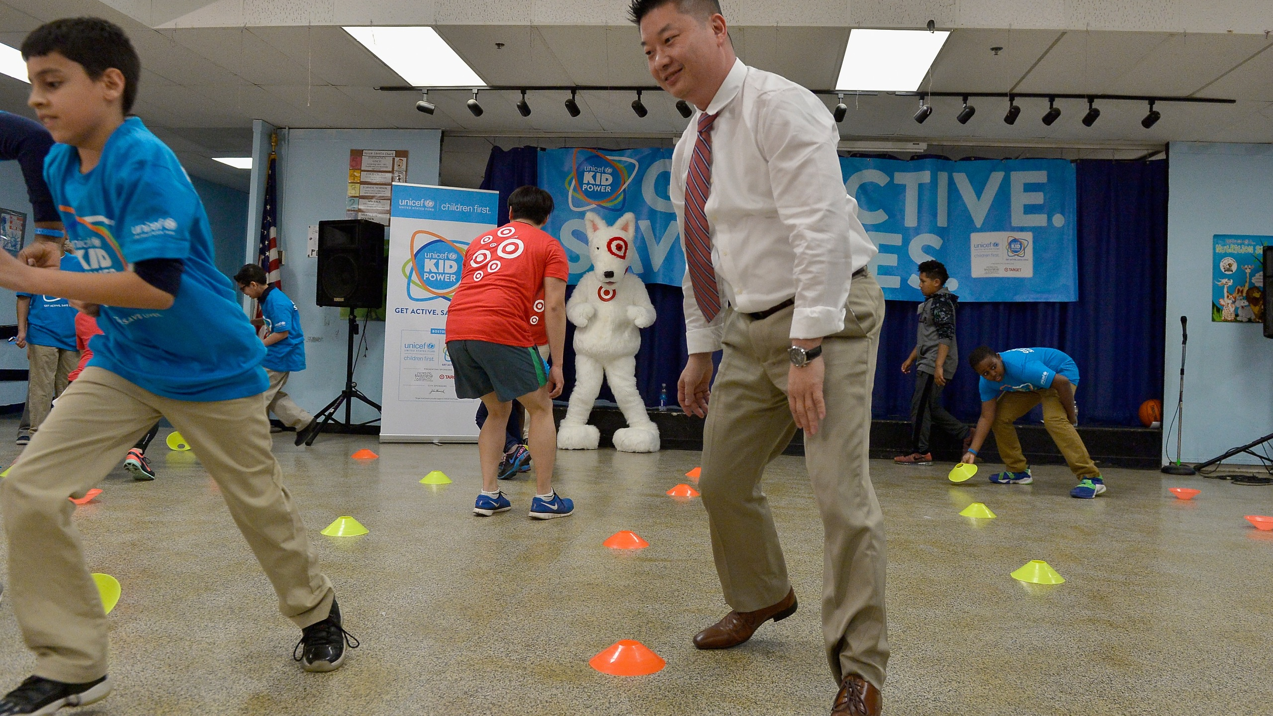 Boston Public School Superintendent, Tommy Chang and students Celebrate the Impact of Local Kids Getting Active and Saving Lives with UNICEF Kid Power Boston on March 28, 2016, in Boston, Massachusetts. (Credit: Paul Marotta/Getty Images for UNICEF)