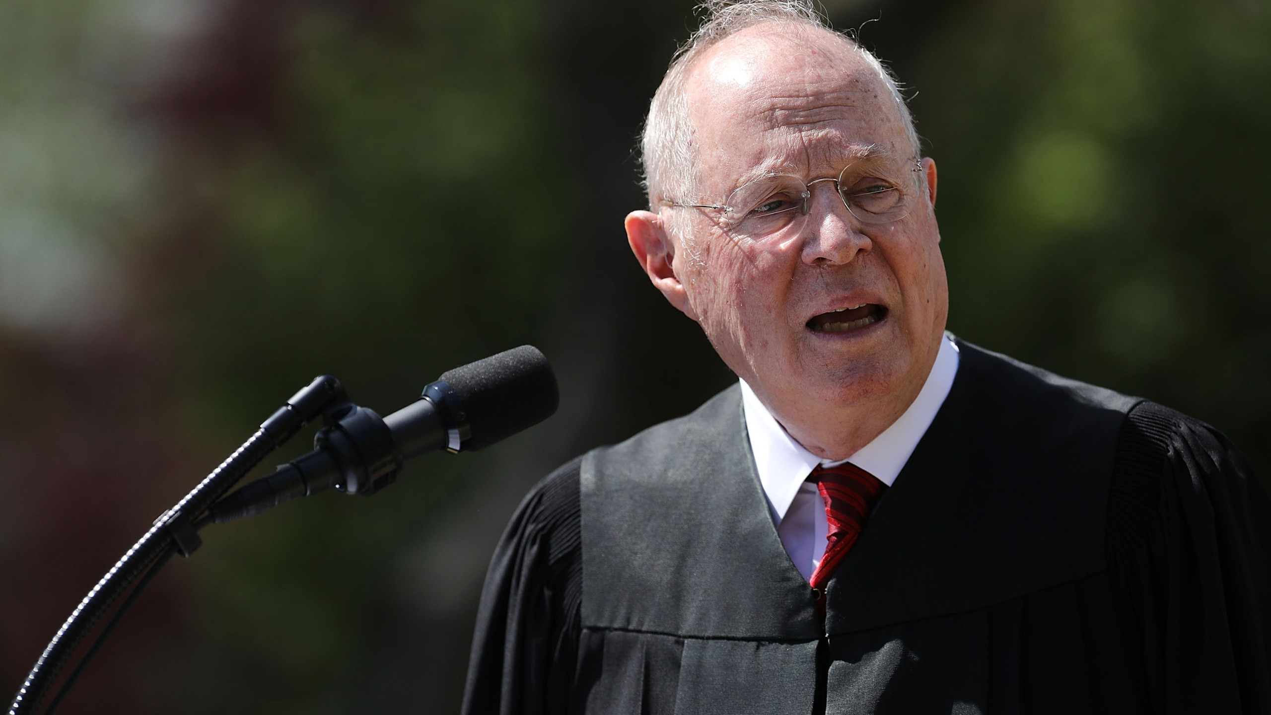 U.S. Supreme Court Associate Justice Anthony Kennedy delivers remarks before administering the judicial oath to Judge Neil Gorsuch during a ceremony in the Rose Garden at the White House April 10, 2017 in Washington, DC. (Credit: Chip Somodevilla/Getty Images)