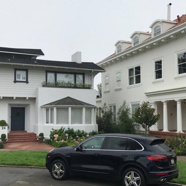 Homes in the Presidio Terrace neighborhood of San Francisco are seen in this undated photo. (Credit: Dan Simon / CNN)
