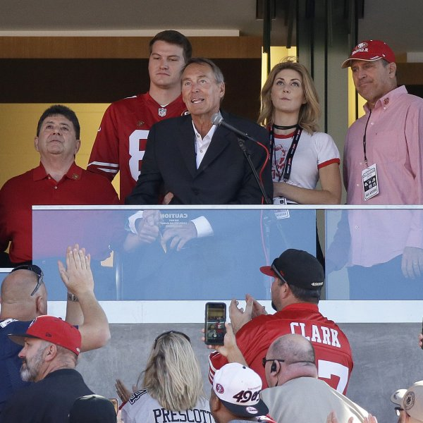Former San Francisco 49ers wide receiver Dwight Clark is shown speaking on Oct. 22, 2017, in Santa Clara. (Credit: Eric Risberg/Associated Press)